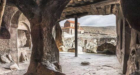 Древность вкамне— храмы Мцхеты ипещеры Уплисцихе