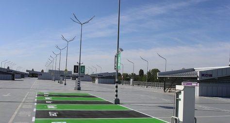 Ваеропорту Бориспіль облаштували зони висадки тапосадки пасажирів для служб таксі Bolt і Uber