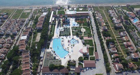 Risus Beach Resort Hotel