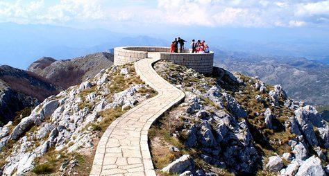 Заповедник Ловчен исвятыни Черногории