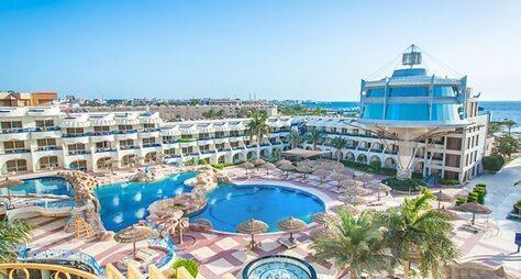 La Rosa Waves Beach Resort & Aqua Park