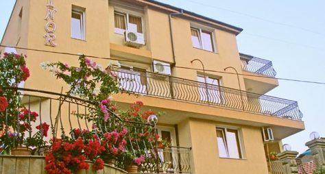 Villa Elinor